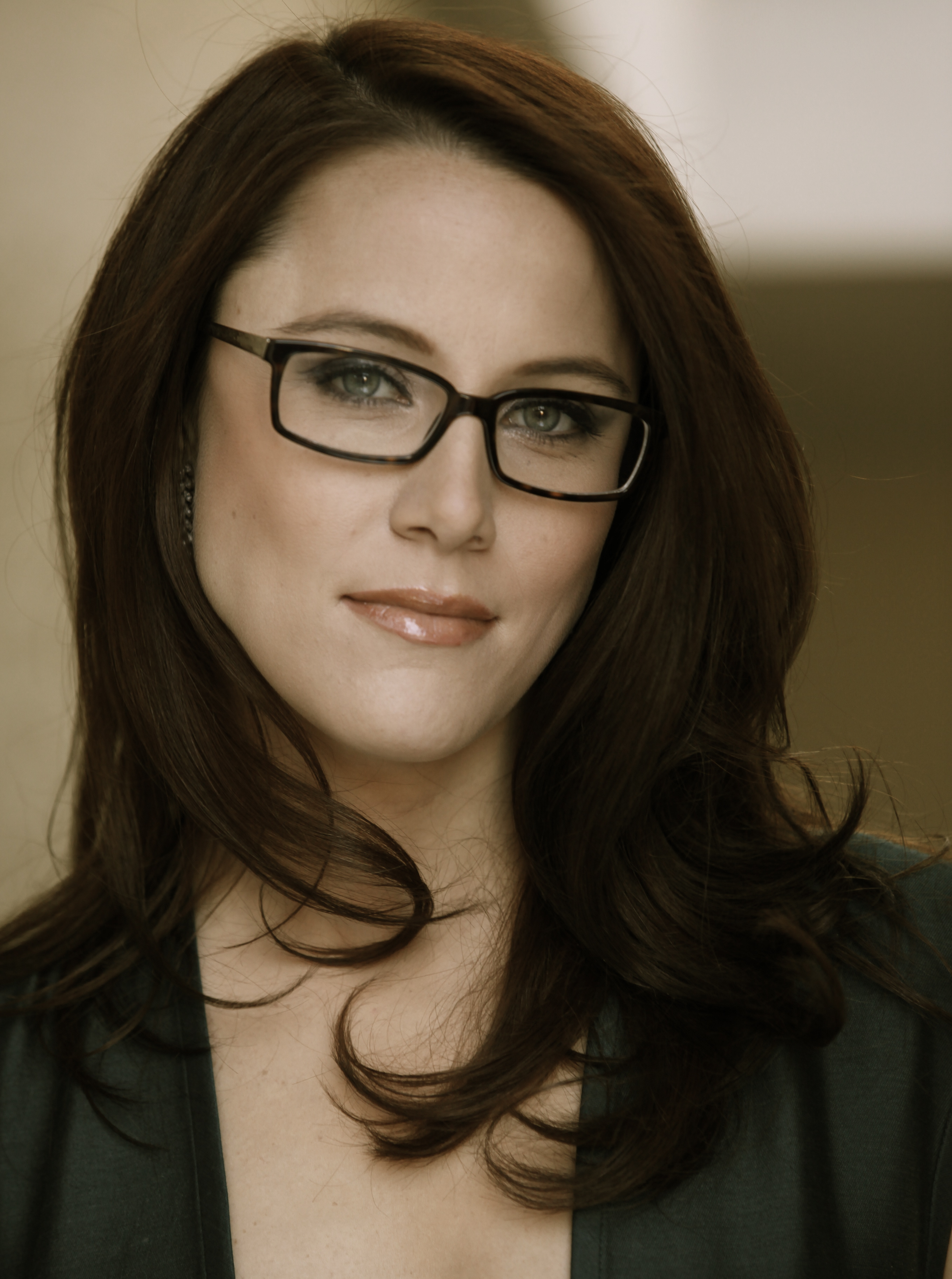 Can S. E. Cupp object to Larry Flynt's douchebaggery based on her